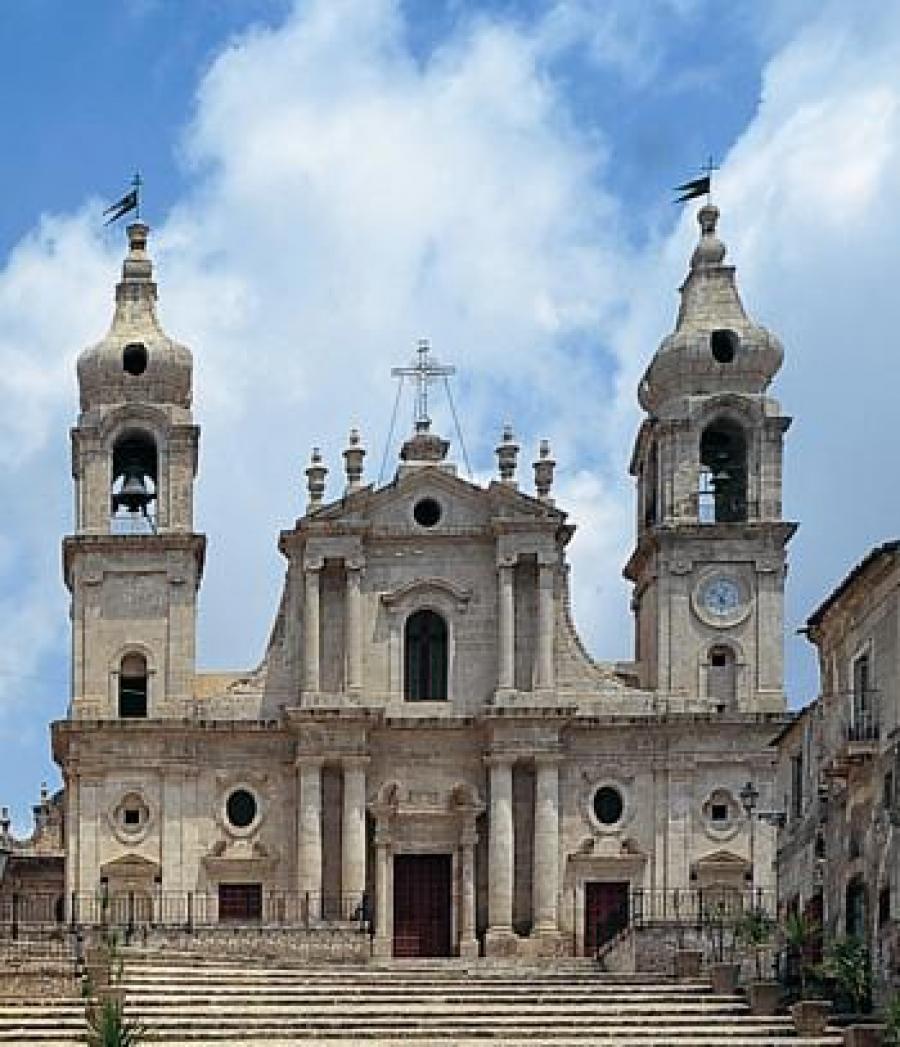 Chiesa madre palma di montechiaro for Palma di san pietro